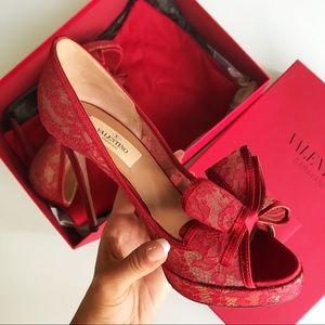 ☯️SOLD☯️Valentino red bow peep toe pumps size 35.5
